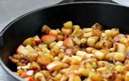 paleo recipes, paleo diet, Paleo Caramelized Potato Apple Hash, potato apple hash